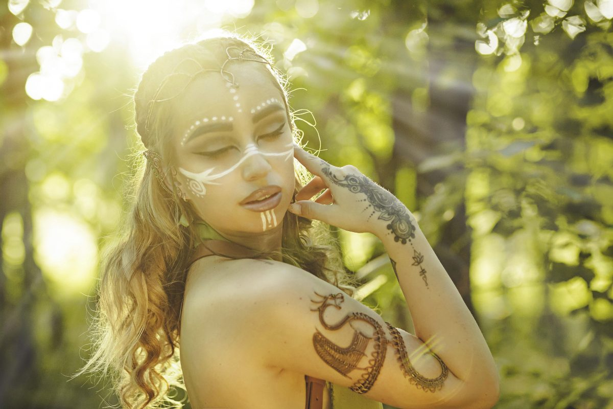 wood elve concept fantasy bogdan harlea sos collection tinuta fashion accesories hand made makeup styling mood life style blogger vizual artist hairstyle look outfit elf dragon bracelet earings